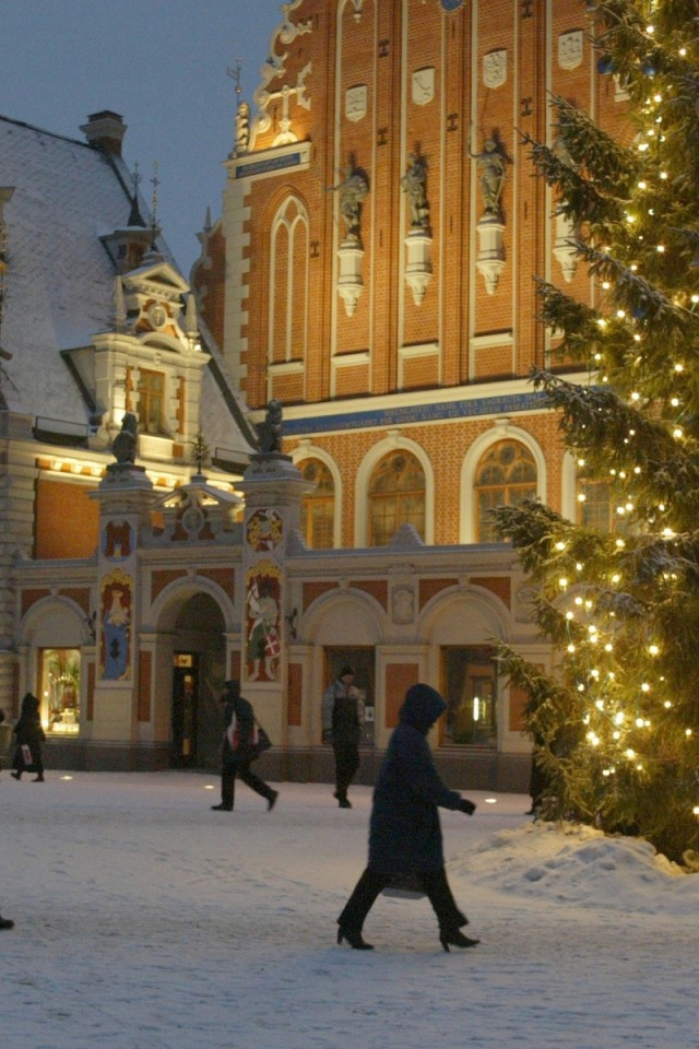 Cold Christmas At Town Hall