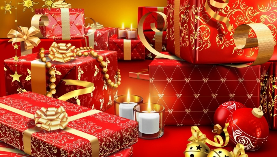 Red Fancy Xmas Gifts